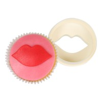 FMM Double Sided Cupcake Cutter Lips & Circle